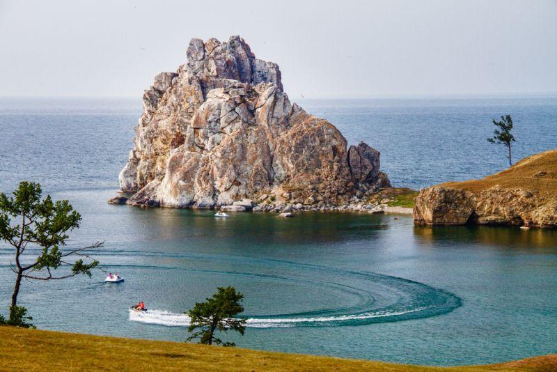 Am Ufer des Baikalsees