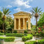 Lower Barrakka garden und das Alexander Ball Monument in Valletta