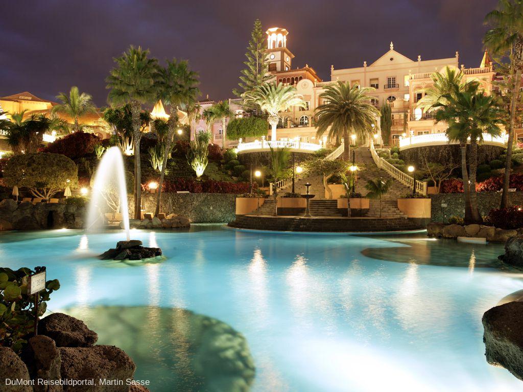 Bahía del Duque Resort