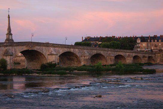 Abendstimmung in Blois, Stadt-Szenen