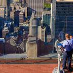 Touristen auf der Aussichtsplattform des Rockefeller Center