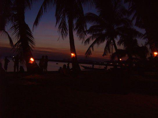 Sonnenuntergang am Partystrand