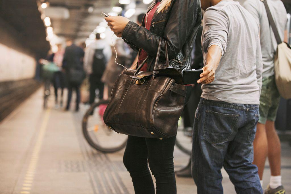 Bloss nicht: Taschen unbeaufsichtigt lassen