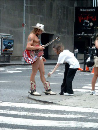 World, NYC, naked cowboj
