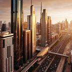 Dubais Skyline bei Sonnenuntergang