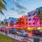 Miami Beach lockt mit langen Stränden und trendigem Partyvolk