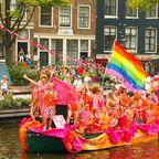 Die berühmte Gay Pride Parade in Amsterdam