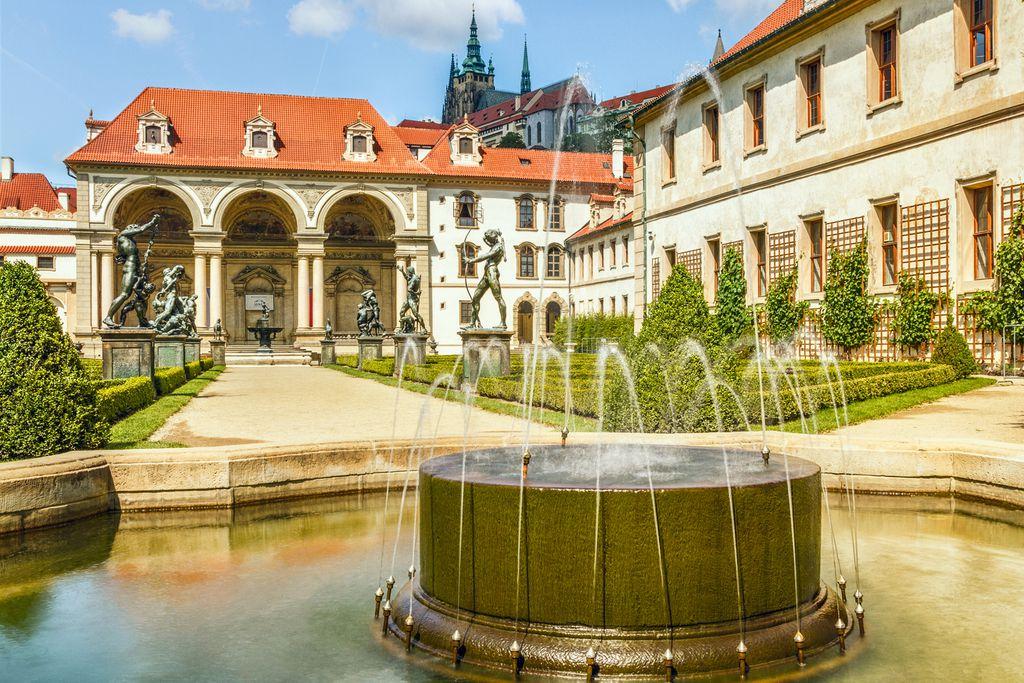 Palais Waldstein