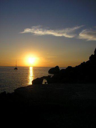 Boot im Sonnenutnergang
