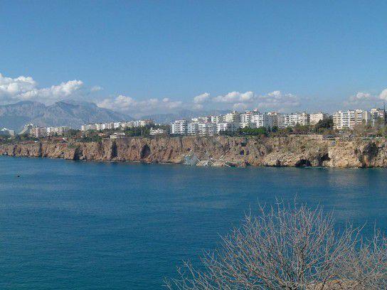 Antalya vom Hafen aus gesehen