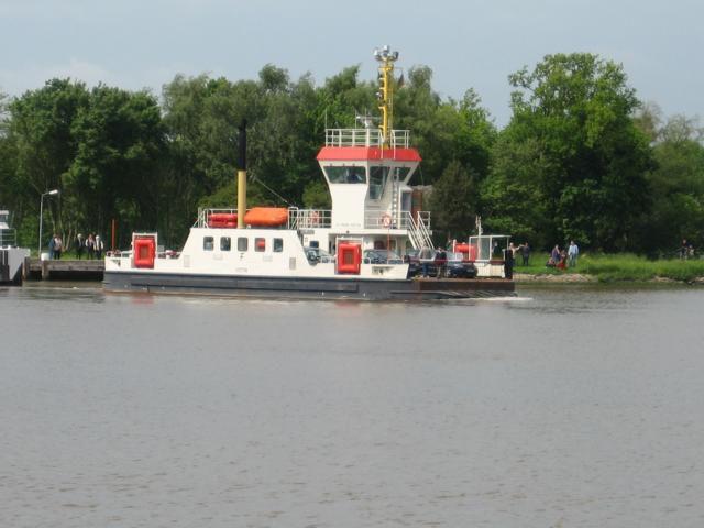 Kanal-Fähre
