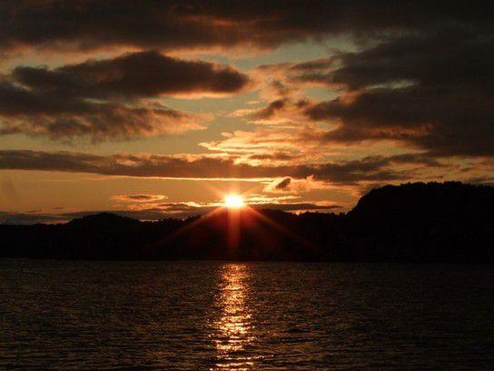 traumhafter Sonnenuntergang in Norwegen