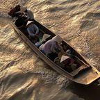 Verkauf von Waren vom Boot aus - Vietnam
