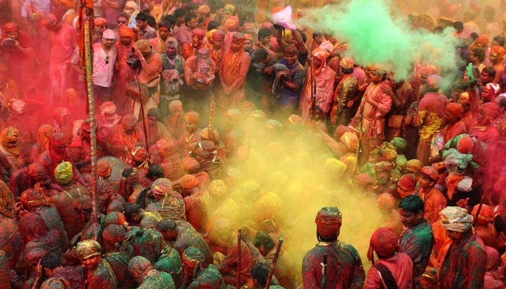 Holi, Dol Purnima oder Kamadahana: das Fest der Farben hat viele Namen