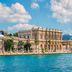 Dolmabahçe-Palast am Ufer des Bosporus