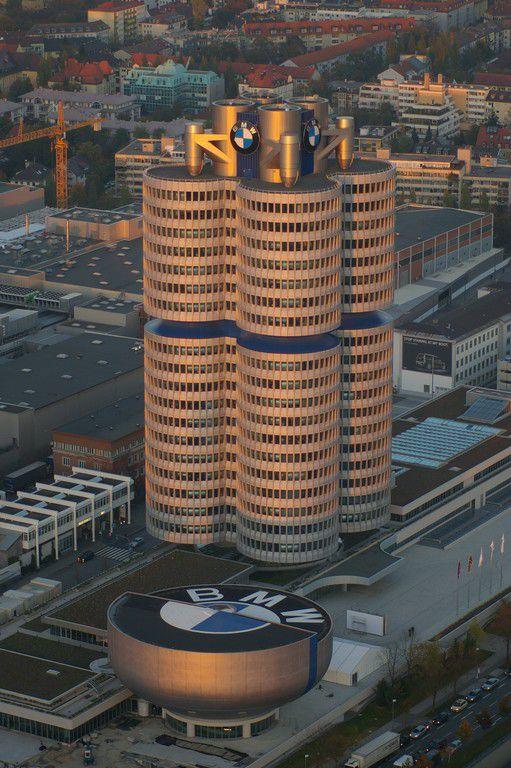 BMW-Turm