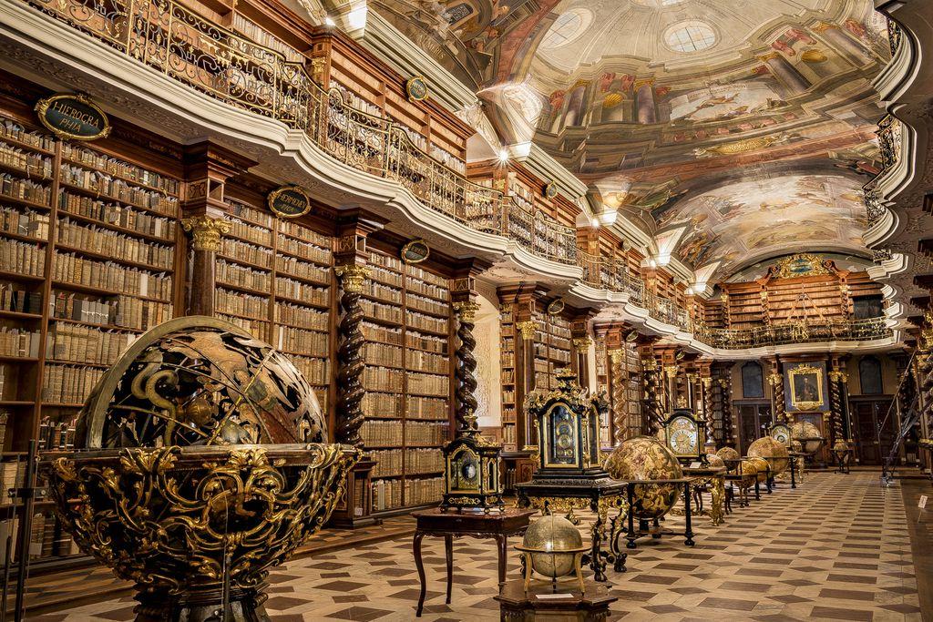 Bibliothek im Clementinum