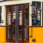 Alte Straßenbahn vor der Mailänder Scala