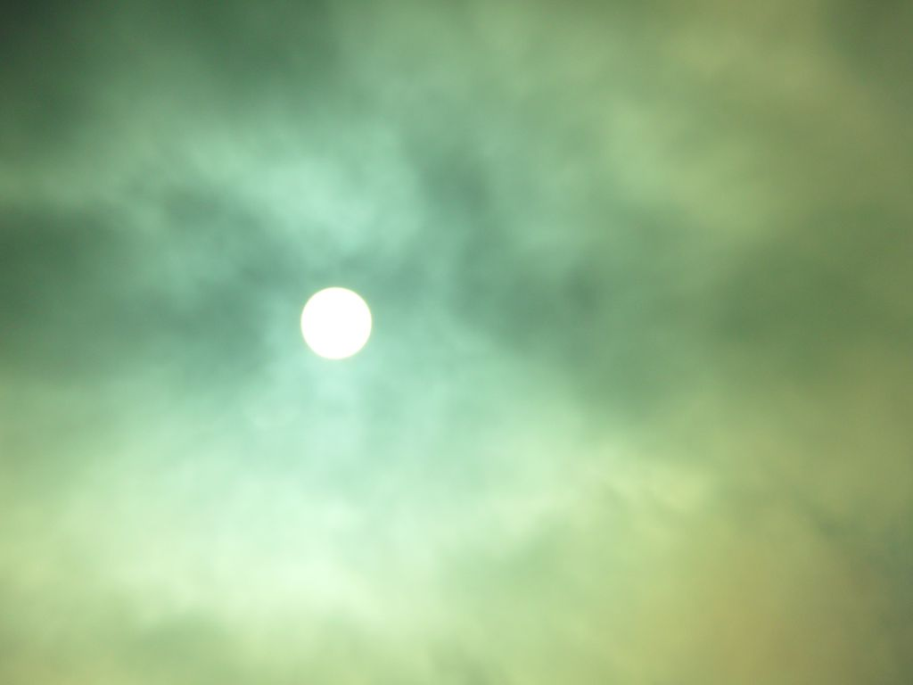 Unheimliche Sonne