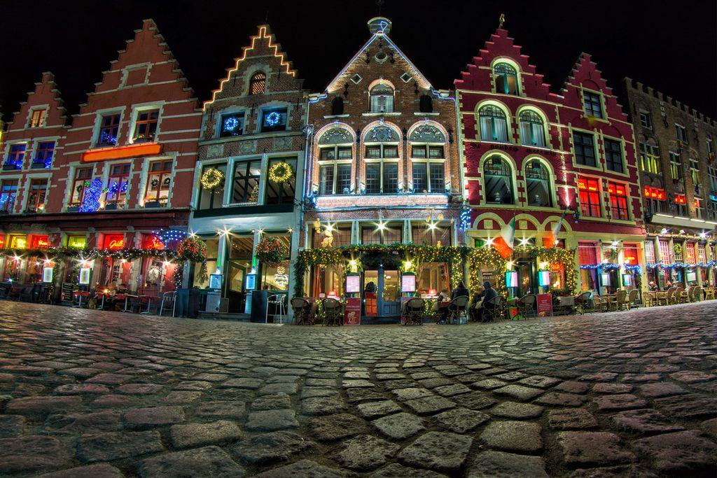 Die Belgier verwandeln ganz Brügge in eine schöne Weihnachtswelt