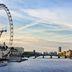 Blick über die Themse in Richtung Westminster Bridge