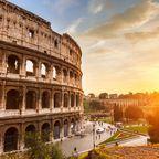 Reise in die Vergangenheit: In Rom stolpern Besucher überall über Sehenswürdigkeiten.