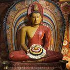 Buddhastatue im Degaldoruwa Tempel