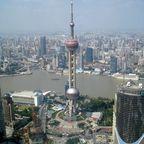 Blick auf den Orient Pearl TV Tower, Shanghai, China