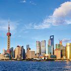 Shanghai lockt im April zahlreiche Städtereisende mit Fernweh.