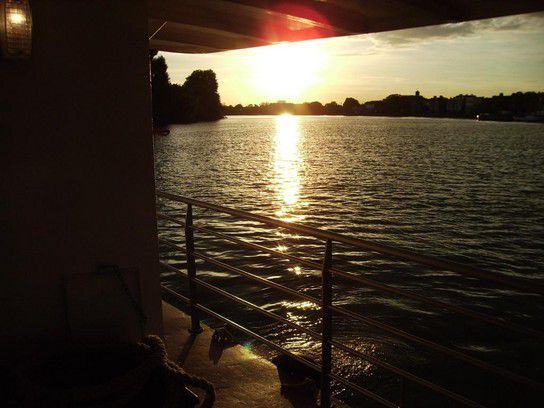 World Themse bei Sonnenuntergang