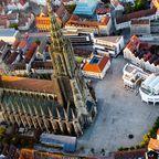 Das Ulmer Münster in der Luftaufnahme