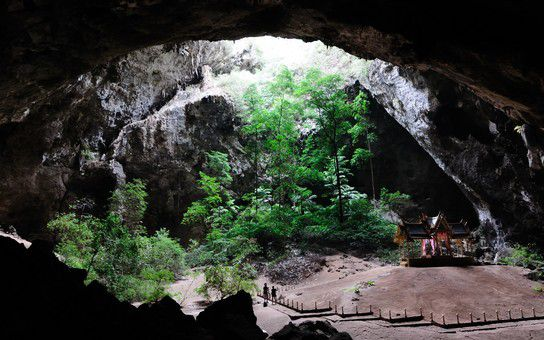 Höhle