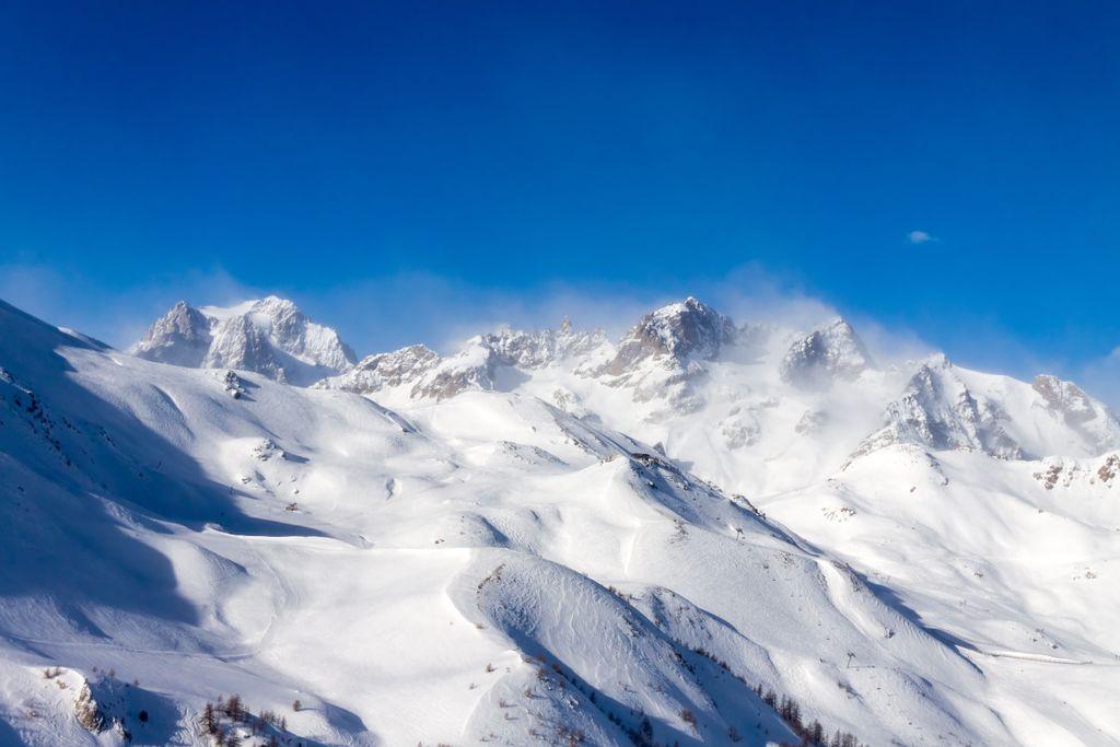 In den Alpen geht es bis auf über 2000 Meter Höhe