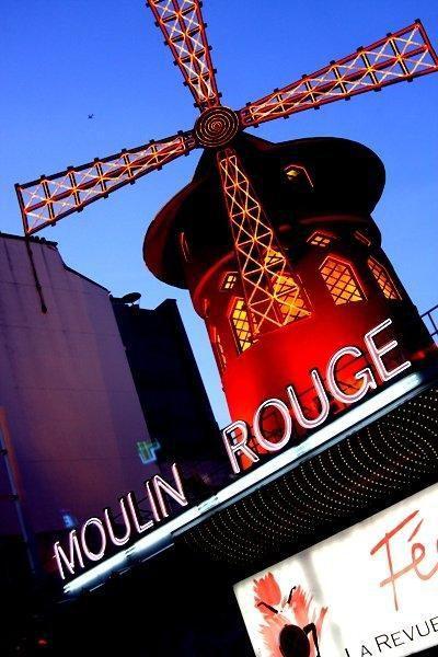 Moulin Rouge im Viertel Montmartre