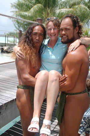 Auf den Arm genommen auf Bora Bora