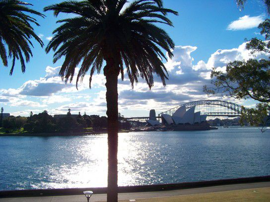 Harbour Bridge und Opera House in Sydney
