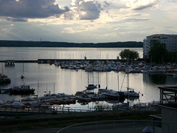 Finnland, Tampere, Naistenlahti, 2006.JPG