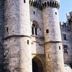Rhodes_Palace_of_the_PGM_gate.JPG