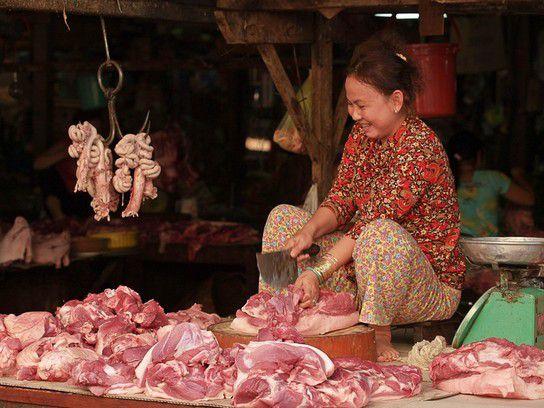 Die Fleischverkäuferin in Vietnam