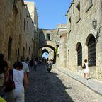 Rhodes_Old_Town_Street_of_Knights.JPG