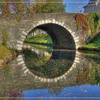 Steinerne Brücke im Herbst