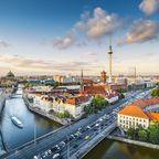 Sowohl von Deutschland und Österreich als auch von der Schweiz führen mehrere Autobahnen nach Berlin.