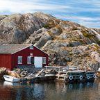 Polarlichter beobachten und Wintersport treiben - dafür ist Schweden im Januar das perfekte Reiseziel.