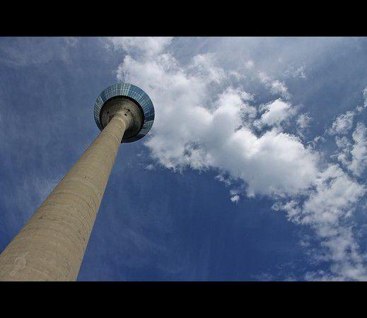Düsseldorf, Rheinturm