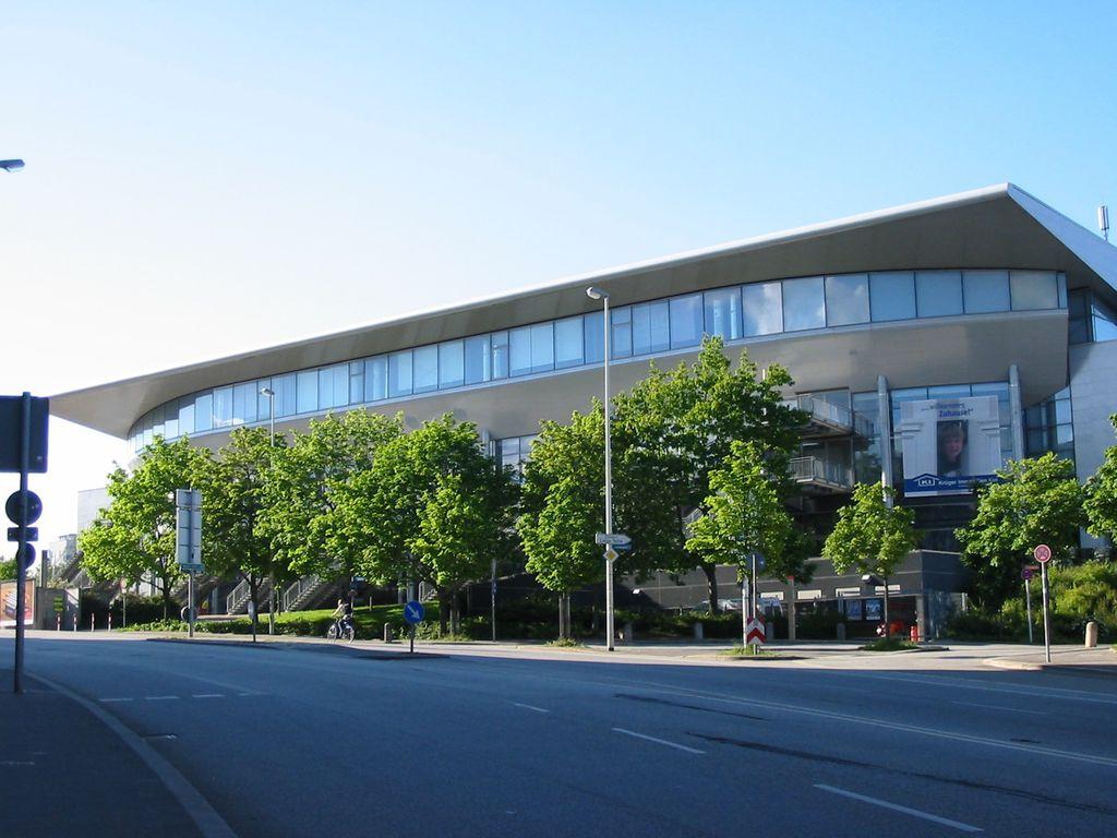 Die Sparkassen-Arena in Kiel