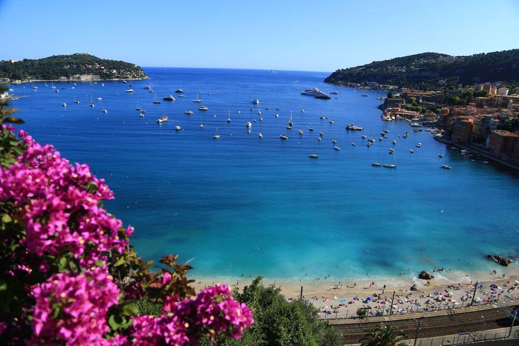 Promis wissen, was gut ist – und fahren deshalb seit jeher an den Strand von St. Tropez