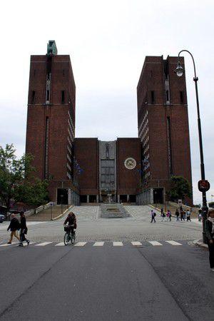 Oslo - Rathaus und Wahrzeichen der Stadt