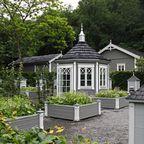 """Das """"Bienendorf"""" im Garten von Norrviken"""