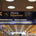 Schild mit Hinweisen zum Abflugbereich