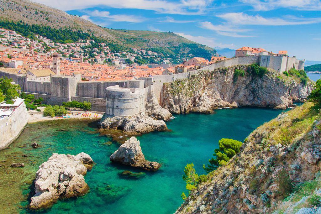 Warm und kristallklar ist das Wasser Anfang der Saison in Kroatien.